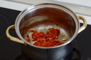 Суп с помидорами, сыром и кетчупом - фото шаг 4