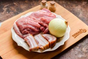 Свинина с салом в духовке - фото шаг 1