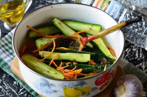 Огурцы по-корейски с морковью - фото шаг 4
