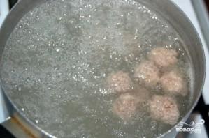 Суп с фрикадельками и горошком - фото шаг 1