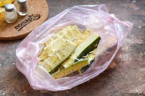 Цукини с сыром в духовке - фото шаг 5