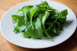Салат с рукколой и креветками - фото шаг 1