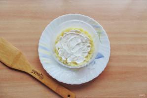 Слоеный салат с бужениной - фото шаг 4