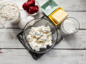 Творожные кексы с клубникой - фото шаг 1