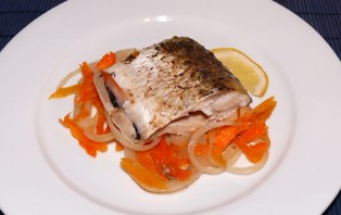 Рыба, запеченная в духовке кусочками - фото шаг 5