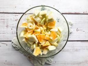 Салат с сельдереем и апельсином - фото шаг 6