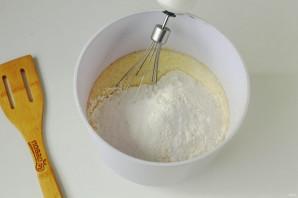 Коврижка на сгущенном молоке - фото шаг 4