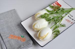 """Закуска """"Белые тюльпаны"""" - фото шаг 5"""