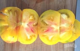 Закуска из сыра и томатов - фото шаг 1