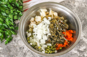 Винегрет с морской капустой - фото шаг 4