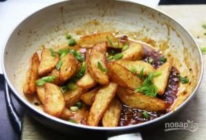 Хрустящая жареная картошка с медом и специями - фото шаг 4
