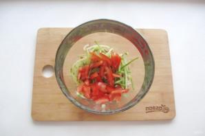 Салат с курицей и картофельной соломкой - фото шаг 7