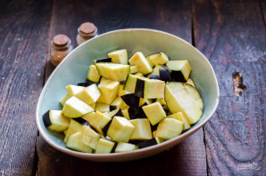 Баклажаны с черносливом на зиму - фото шаг 2
