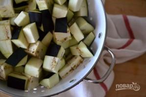 Салат из запеченных баклажанов с грецкими орехами - фото шаг 1