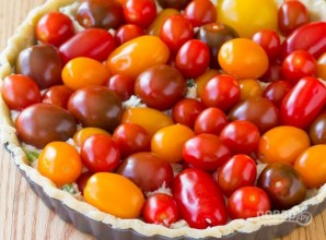 Тарт с сыром и томатами - фото шаг 5