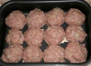 Биточки мясные в сметанном соусе в духовке - фото шаг 2