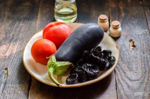 Баклажаны с черносливом на зиму - фото шаг 1