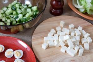 Салат с жареной колбасой - фото шаг 4