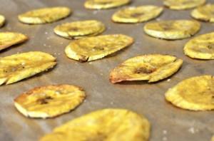 Банановые чипсы - фото шаг 3