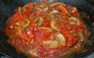 Свинина под соусом в духовке - фото шаг 4