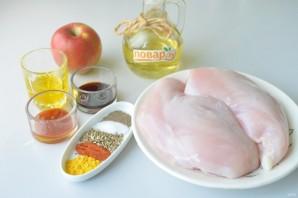 Куриные стейки с яблоками - фото шаг 1