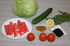 Крабовый салат с салатом айсберг - фото шаг 1
