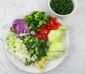 Паэлья с курицей и овощами - фото шаг 1
