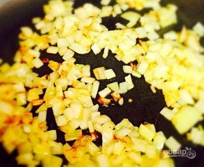 Жареная картошка с грибами (шампиньонами) - фото шаг 6
