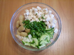 Мясной салат с фасолью - фото шаг 5