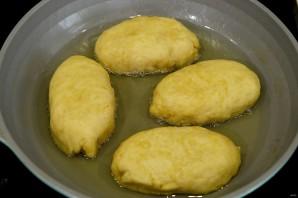 Пирожки жареные во фритюре - фото шаг 8