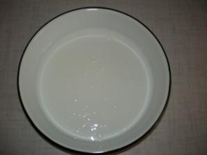 Галушки на кефире - фото шаг 2