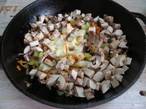 Кабачки с рисом и грибами  - фото шаг 8