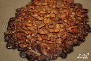 Десерт из вишни и орехов - фото шаг 1