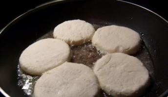 Творожники на сковороде - фото шаг 5