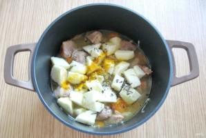 Свинина с яблоками в сливочном соусе - фото шаг 6