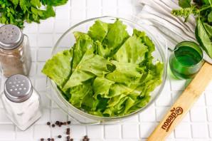 Маринованные листья салата с чесноком и уксусом - фото шаг 2