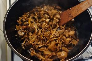 Индейка с грибами в сливочном соусе - фото шаг 1