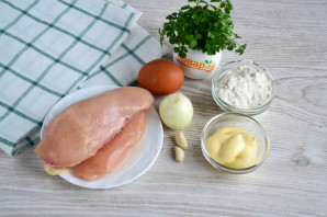 Оладьи из куриного филе с майонезом - фото шаг 1