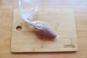 Чевапчичи с картошкой в духовке - фото шаг 7