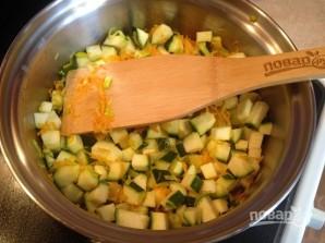 Суп-пюре из цукини с тыквенными семечками - фото шаг 7