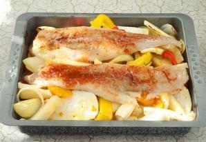 Минтай с овощами в духовке - фото шаг 4