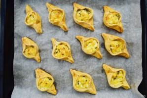 "Пирожки с сыром и зеленью ""Лодочки"" - фото шаг 6"