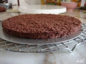 Шоколадный торт с черносливом и орехами - фото шаг 4