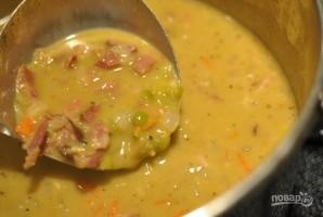 Простой гороховый суп с копченостями - фото шаг 5