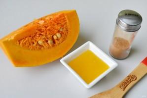 Запеченная тыква с медом и корицей - фото шаг 1
