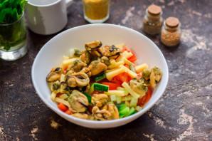 Салат из мидий - фото шаг 5