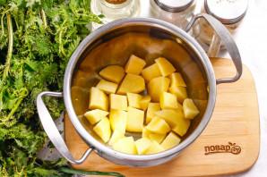 Молочный суп с крапивой - фото шаг 3