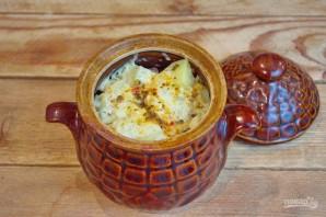 Охотничьи колбаски с картофелем в горшочках - фото шаг 10