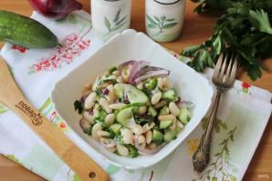 Салат с фасолью и огурцами - фото шаг 10