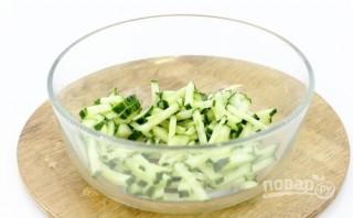 Салат с кальмаром и сыром - фото шаг 2